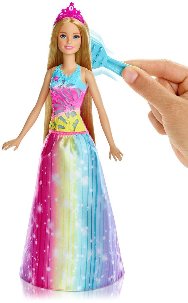 Лялька відтворює 4 види світлових і звукових ефектів, можна включати їх також кнопкою у вигляді зірочки на грудях ляльки.