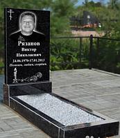 Памятник одинарный из черного гранита