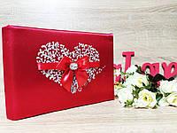 Гостевая книга для пожеланий Love is... Цвет красный.