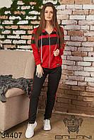 Спортивный женский брючный костюм цвета чёрно-красный