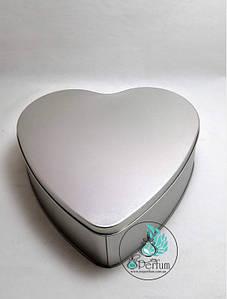 Коробка из олова сердце