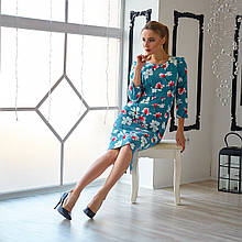 Женское платье цвет голубой с отрезной талией