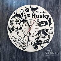 Деревянные часы на стену с изображением Сибирского Хаски