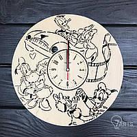 """Дизайнерские деревянные настенные часы в детскую """"Дональд Дак и Дейзи Дак"""""""