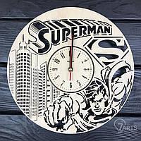 """Стильные настенные деревянные часы """"Супермен"""""""