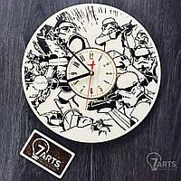"""Настенные часы ручной работы из дерева """"Имперские Штурмовики"""""""