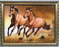 """Оригинальная картина из янтаря """"Кони пара"""" - хороший подарок"""