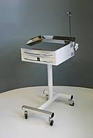 Приладовий столик зі штативом Медапаратура