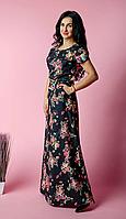 Красивое женское платье в пол с ярким цветочным принтом