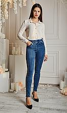 Молодежные джинсовые лосины джеггинсы по бокам украшены камушками