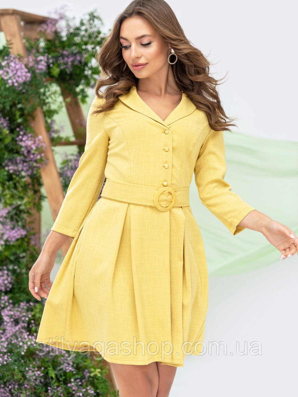 Платье-мини с рукавом три четверти и поясом в комплекте