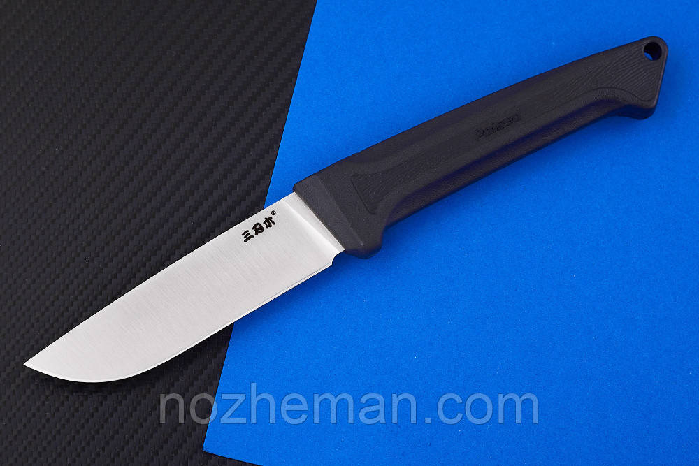Нож нескладной для рыбалки Пуса 2, у навершия рукояти расположено темлячное отверстие