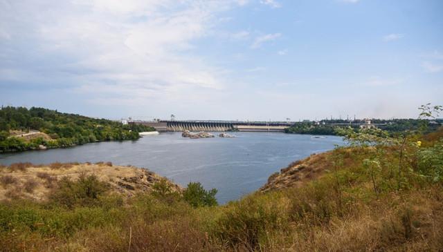 Panorama-plotiny-Zaporozh'ye