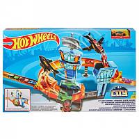 Ігровий набір «Перегони в аеропорту» Hot Wheels