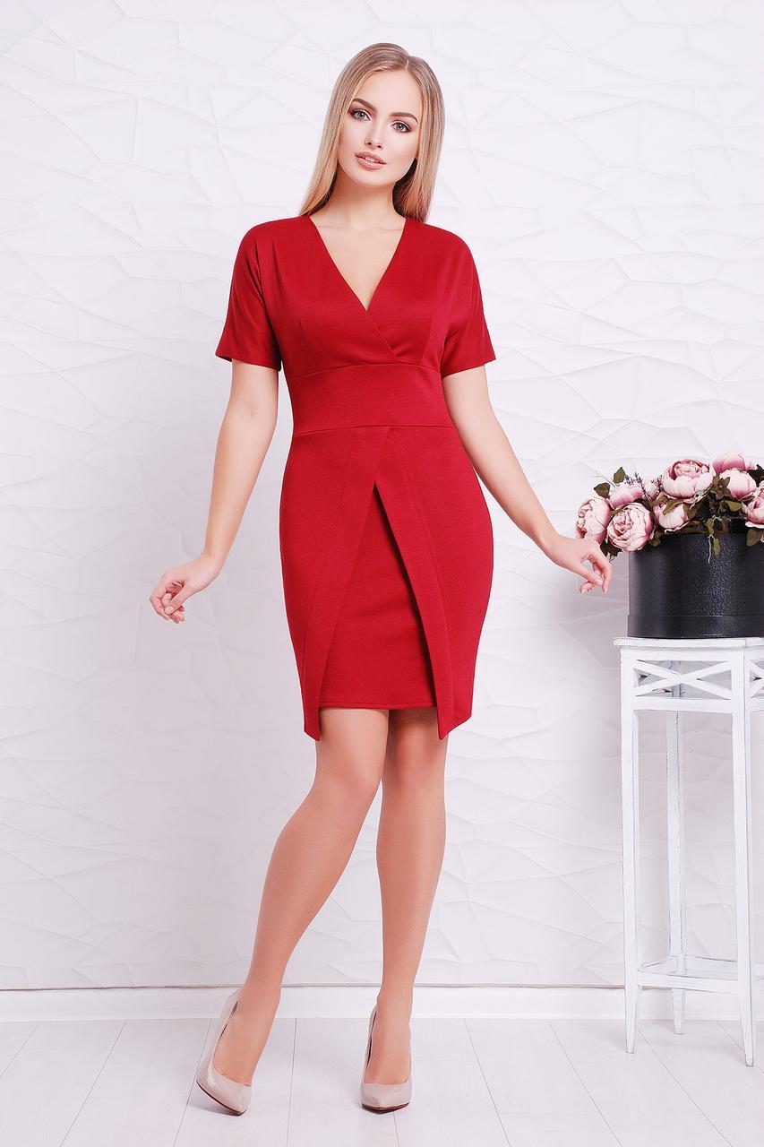 Платье трикотажное с короткими рукавами бордовое  Аурика