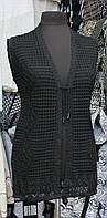 Модная женская жилетка черного цвета