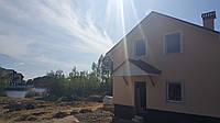 Уютнный дом с видом на озеро Осокорки