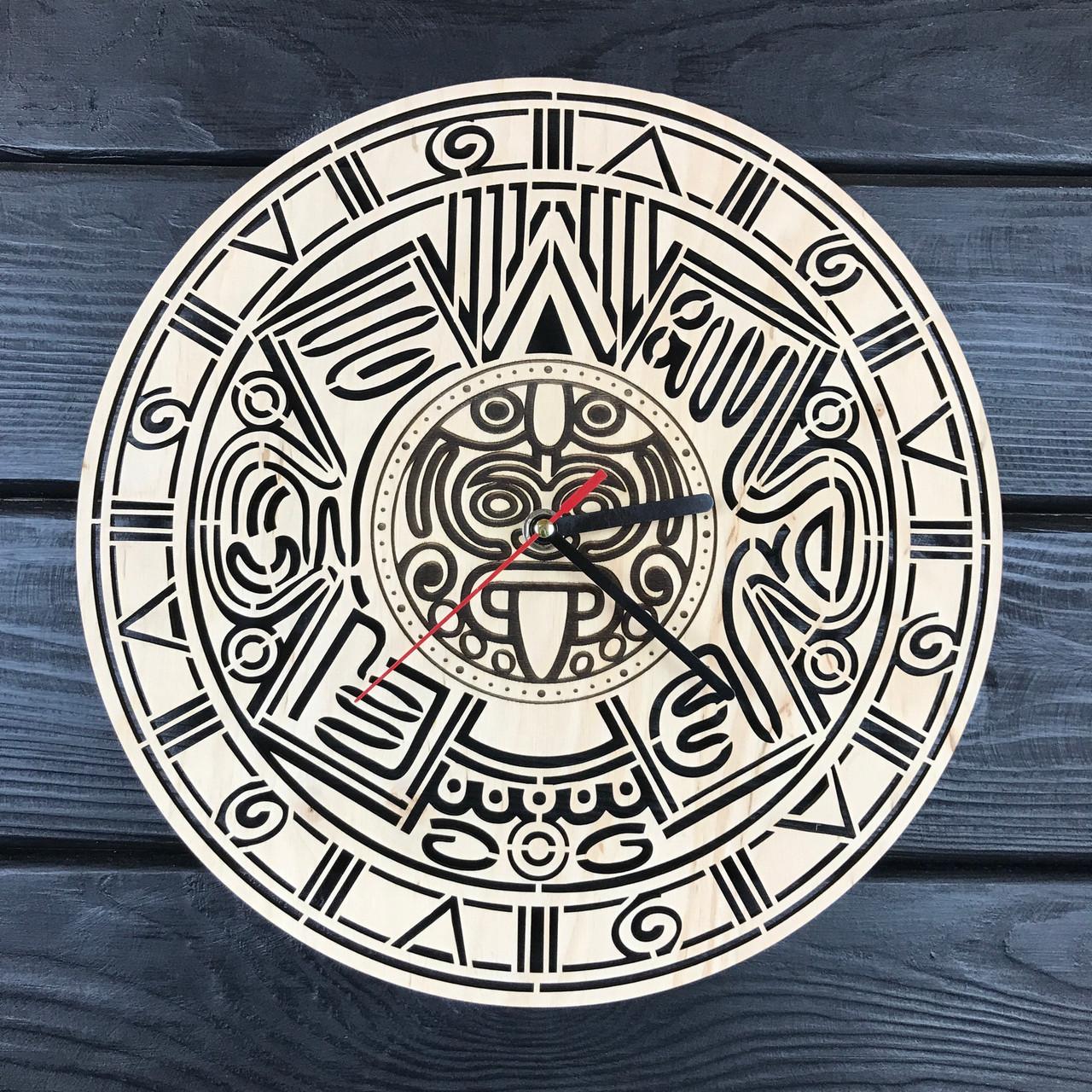 Оригинальные настенные часы из дерева «Календарь Майя»
