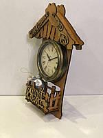 Домик с часами большой (500*350*90 mm)