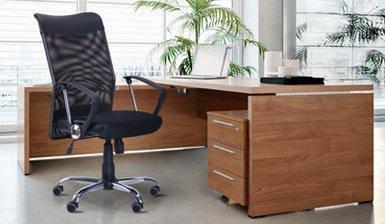 Офісні крісла для персоналу