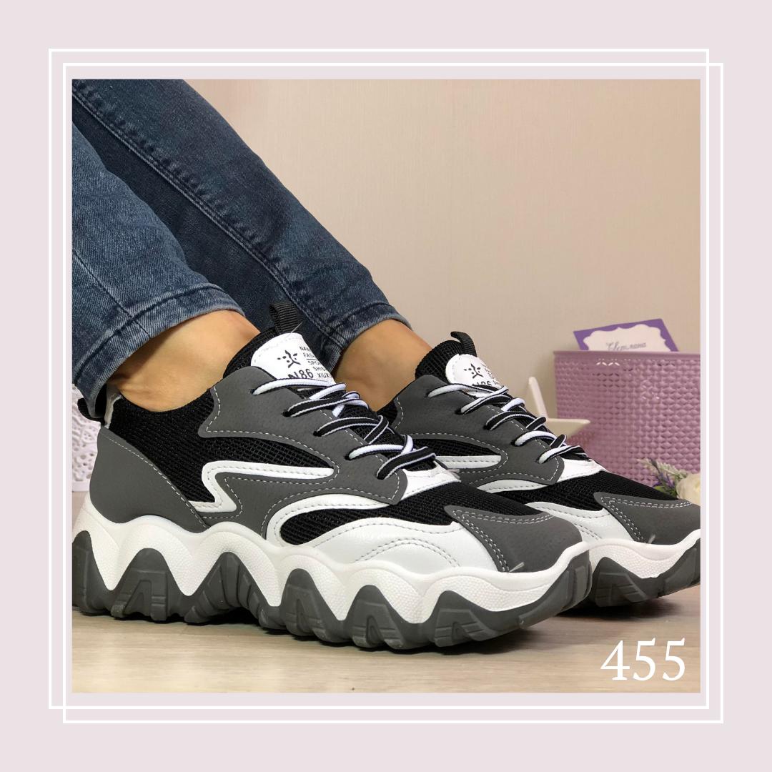 Женские кроссовки на шнурках сетка черная