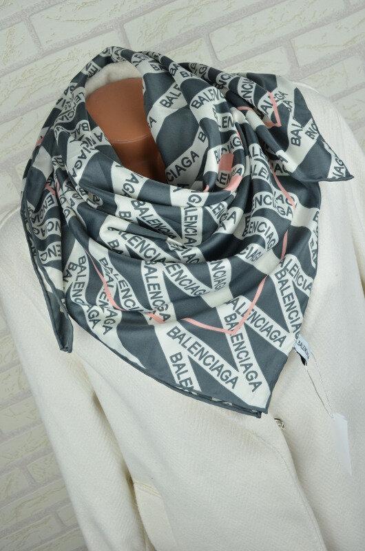 Женский Платок Шелковый брендовый Balenciaga Баленсиага Ручная обработка края
