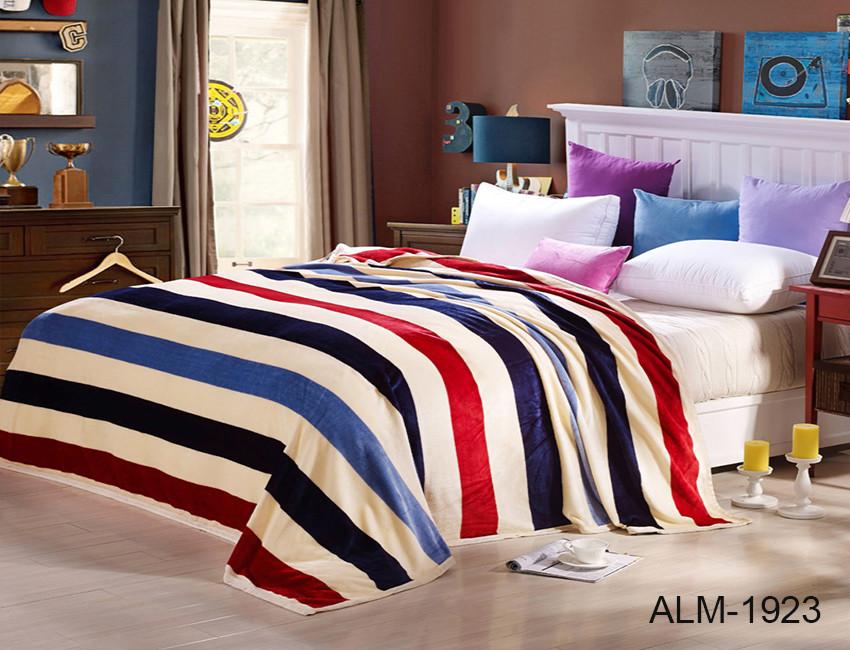 Плед покрывало 200х220 велсофт Линии на кровать, диван