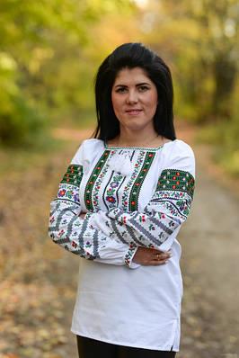 Жіночі вишиванки: вишиті блузи та сорочки