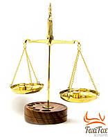 Весы настольны 50 гр на деревянной подставке ( бронзовые )