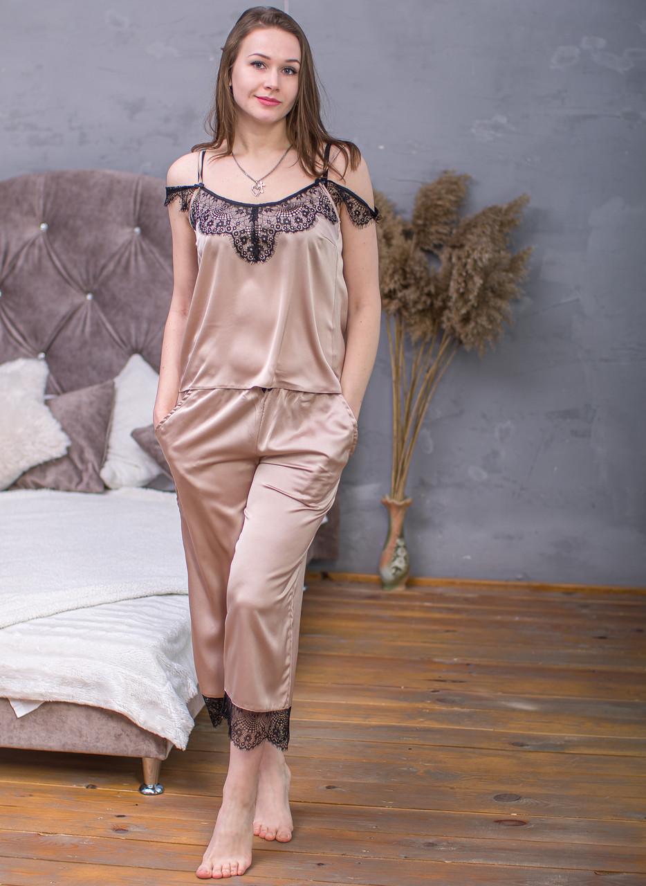 Пижама из шелка Армани Serenade телесный с черным кружевом