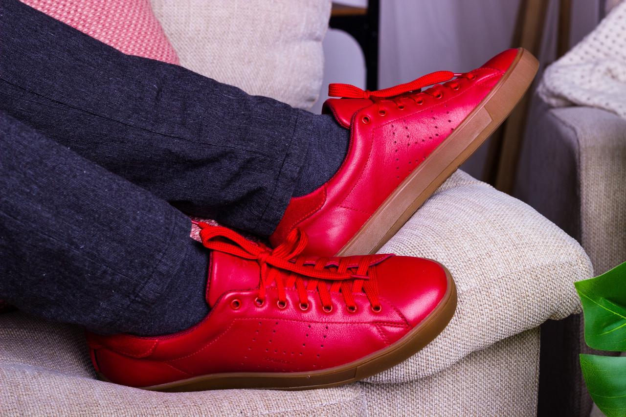 Стильные кожаные кроссовки 40-45 р красный