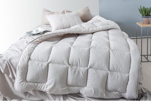 Одеяло летнее Moderno 140*210