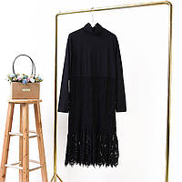 Платье нарядное женское под горло с кружевом One Size Черное