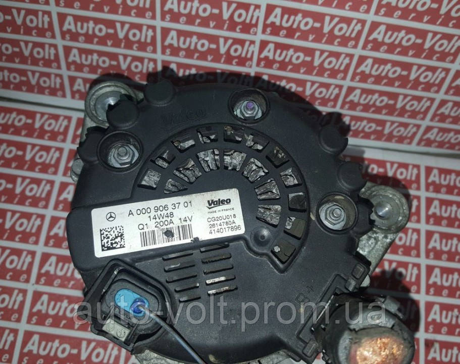 Генератор на Mercedes Smart, C AMG (W202, W203, W204, W205) a0009063701