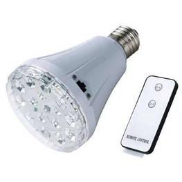 Світлодіодна енергозберігаюча лампа з акумулятором, функцією аварійного живлення і пультом 1895