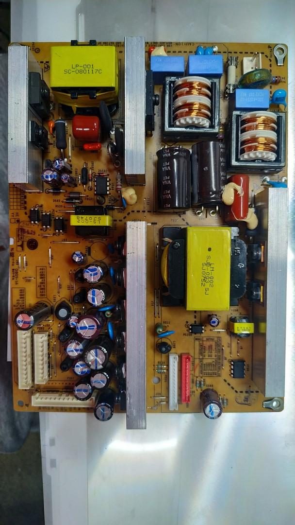 Блок питания  EAY3303030 EAX31845101 для телевизора LG 26LB76