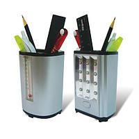 Подставка для ручек пластиковая с термометром и светильником.