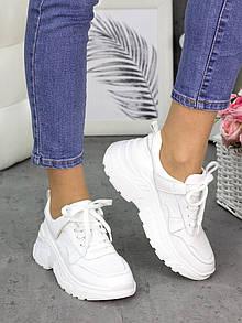 Женские кожаные белые кроссовки на завышенной подошве 75OB129