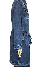 Жіночий джинсовий плащ з поясом напівбатал, фото 3