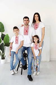 Сімейний комплект вишитих футболок s-2