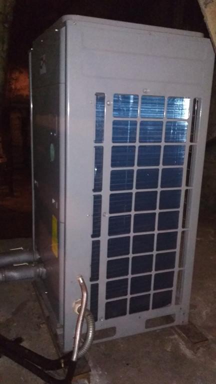 Тепловой насос CH-HP28CMFNM на ст. метро Берестейская в Киеве  4