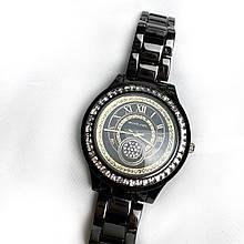 Жіночий кварцевий годинник з камінням на корпусі,чорні