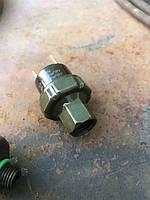 Датчик давления кондиционера с внутренней резьбой