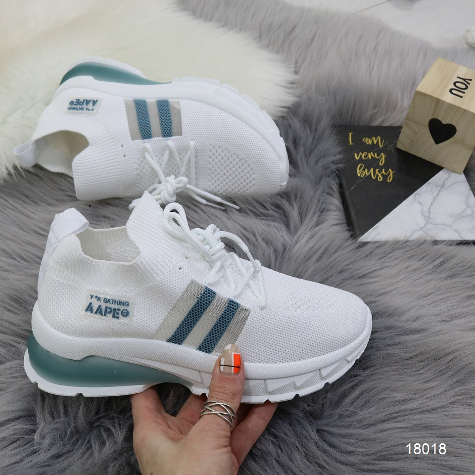 Женские легкие текстильные кроссовки кроссовки- носки белые