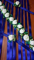 Бутоньерка с цветами на руку гостям