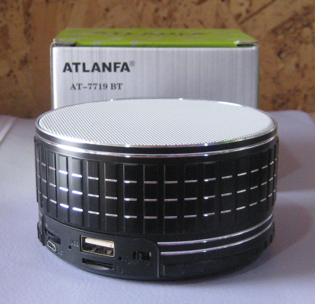 Портативна колонка Atlanfa AT-7719 BT (Bluetooth, USB, SD, FM)