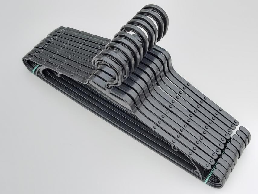 Длина 43 см.Плечики вешалки пластмассовые V-L2 черного цвета, в упаковке 10 штук
