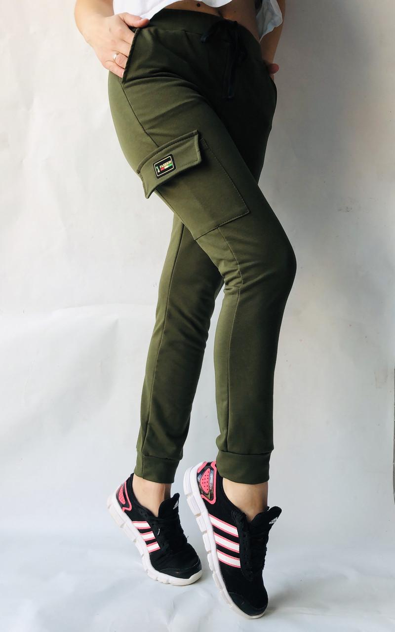 Спортивные брюки с накладными карманами N° 125 хаки