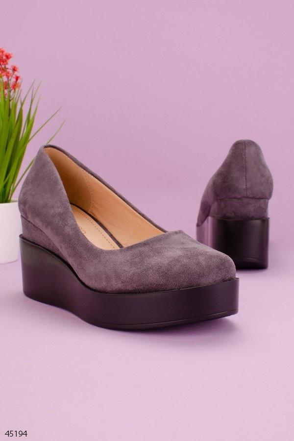 Туфли женские серые на танкетке / платформе 7 см