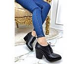 Закрытые кожаные туфли на шнурках и устойчивом каблуке, фото 6
